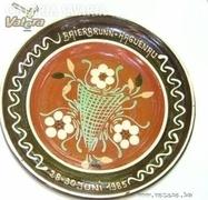 Henri Siegfried kerámiaművész jelzett tányér