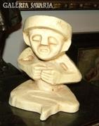 Bennszülött szobor