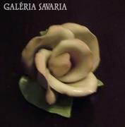 Aquincumi kézzel festett rózsa