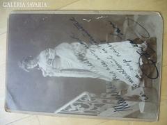 Petráss Sári színésznő nagym.autográv fotója 1909 23,