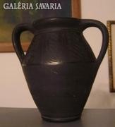 Fekete római füles kerámia köcsög