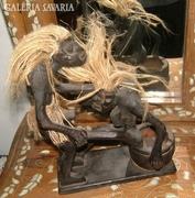 Keleti - erotikus jelenetes - faragott fa hamuzó