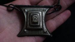 Ékszer Kézi Vésés 18-19. század Piramis nyaklánc tuareg talizmán turbándísz Iszlám Muszlim nem Ezüst