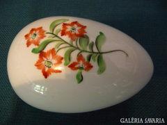 Herendi virág mintás tojás alakú bombonier