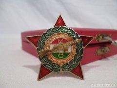 4920 D3 Régi munkásőr kitüntetés díszdobozban