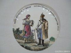 3451 Magyar népviseletek XVIII dik század porcelán