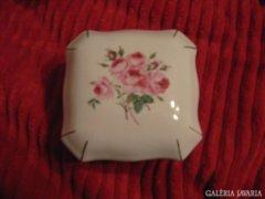 Porcelán ékszertartó