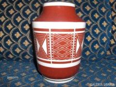 Jelzett porcelán váza - 16,5 cm