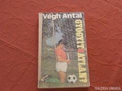 Gyógyít6atlan  - Könyv a magyar fociról