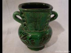 2082 I4 Zöld kerámia csupor kis méretű váza