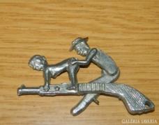 Pajzán - erotikus - pisztoly miniatúra - mozgatható
