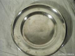 R317 G1 Nagyméretű régi alpakka monogrammos tányér
