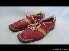 U965 I0 Antik bőr felcsatolós félcipő sícipő 28