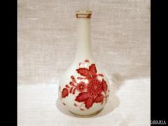 1627 K8 Antik óherendi mini váza bordó viktória