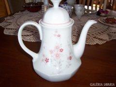 Tea kiöntő , szolidan elegáns