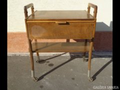 0185 Régi kerekes bárasztal rádió állvány