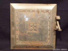 1393 G0 Antik öntöttvas cserépkályha ajtó