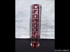 2615 E3 Régi bordóra színezett csiszolt üveg váza