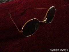 John Lennon , aranyozott nap - szemüveg, angol