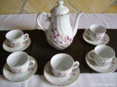 Kávéskészlet 5 személyre.