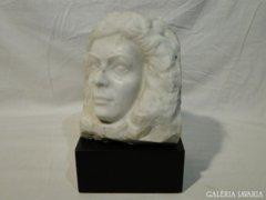 3874 Kristóf Lajos női arc márvány szobor