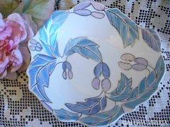 Szép jugerstil kézzel festett porcelán kínáló