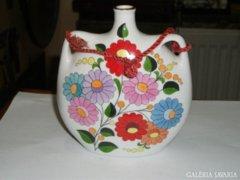 Kalocsai porcelán kulacs