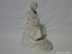 6044 Jelzett art deco gipsz szobor 1929-ből