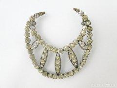 5674 Régi csiszolt üveg ékköves női függő medál