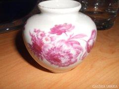 Porcelán kicsi váza