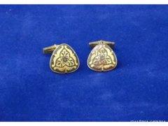 5732 Elegáns aranyszínű mandzsetta pár