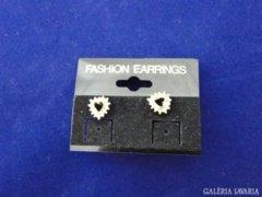 5802 Szív alakú csiszoltüveg ékköves fülbevaló pár