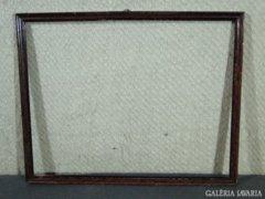 7807 Régi mahagóni vágható léckeret 40 x 51 cm