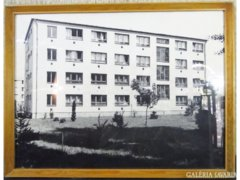 8253 Retro munkásszálló épület fotó