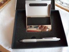 Névjegykártya tartó és ceruza díszdobozban