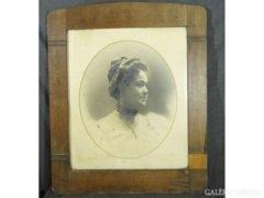 8384 Antik fotográfia szecessziós keretben 76 x 92