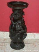 Keleti réz váza