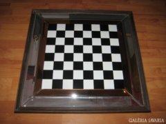 Óriási Sakk tábla,fa keretben,üveg szegéllyel 69 x 69 cm.