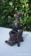 Bájos Kecses Afrikai Nő Szobor 17 cm