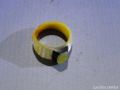 0A485 Kagylóból csiszolt női gyűrű