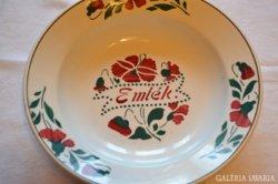 Emlék feliratos tányér