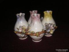 Antik porcelán kis vázák ,nagyon finom ,vékony porcelánból ,ritkán előforduló db.