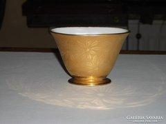 Kicsi porcelán váza