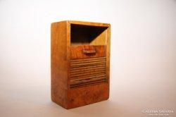 Miniatűr Biedermeier dobozka