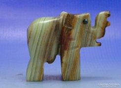 0B147 Szerencsehozó márvány elefánt szobor