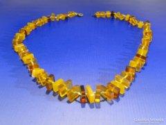 0A426 Régi borostyán szerű bizsu női nyaklánc
