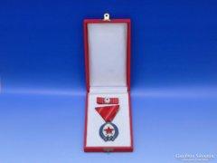 0B850 Szocreál kitüntetés szocialista jelvény