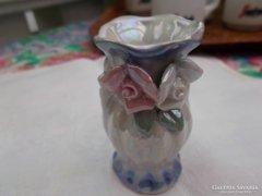 Porcelán kisváza