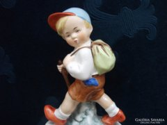 "Carl Scheidig Grafenthal ""Túrázó fiú""(Hiker boy) 15,5 cm"