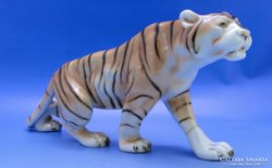 0C481 Jelzett Royal Dux porcelán tigris szobor